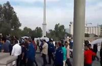 پل اهواز زیر قدمهای محکم معترضین فولاد اهواز و حمایت کنندگان  | جاذبه های گردشگری پل سفید
