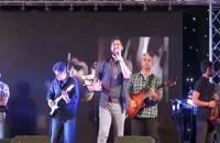"""اجرای زندهٔ آهنگ """" لبّیک """" _ حامد زمانی"""
