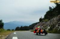 موسیقی هیجان انگیز Systems Down از کیسترولات و مسابقات Homemade Racer در فرانسه