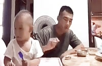 تربیت چینی ، برای بچّه ای که غذا نمی خوره !.