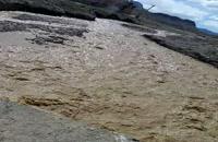 جاری شدن آب در رودخانه مشهد اردهال