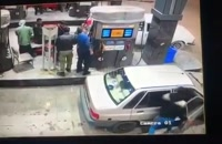 هنگام بنزین زدن مراقب سارقان باشید!