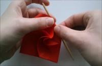 آموزش ساخت اوریگامی گل رز