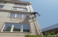 پیچ کردن سنگ نما و رولپلاک نمای ساختمان دیان راپل